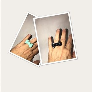 Jewelry - 2 Acrylic Bow Rings / Black & Mint Green Size:7